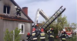 Pożar domu w Skoroszach