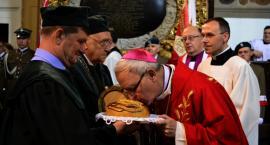 Msza Święta odpustowa z udziałem Biskupa Płockiego Piotra Libery