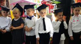 Pasowanie na przedszkolaka w miejskiej Piątce