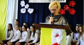"""""""Pokój Tobie, Polsko, Ojczyzno moja"""" - czytanie tekstów św. Jana Pawła II w Płocochowie"""