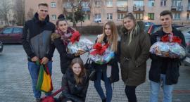 300 batonów zebranych w Prusie