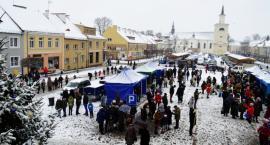 Wigilia mieszkańców miasta i powiatu przed ratuszem