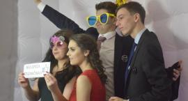 Studniówka Ruszkowiaków - nowe zdjęcia i migawka filmowa