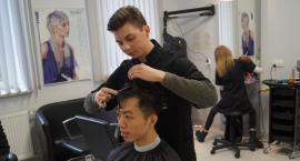 Strzyżenie w ramach przedmiotu procesy fryzjerskie