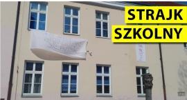 Strajkują wszystkie placówki oświatowe w powiecie