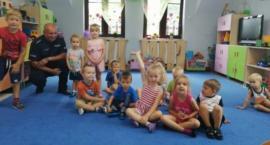 Przez zabawę do nauki – dzielnicowy z przekazem do najmłodszych