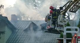 Płonie dom jednorodzinny w Bulkowie