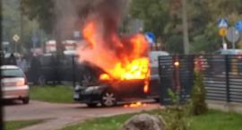 Pożar samochodu na ul. Tysiąclecia