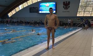 Pływanie, Kenig potrójnym rekordzistą powiatu pływaniu - zdjęcie, fotografia