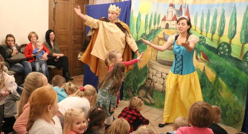 Teatr, Teatr dzieci Miętnem ostatni - zdjęcie, fotografia