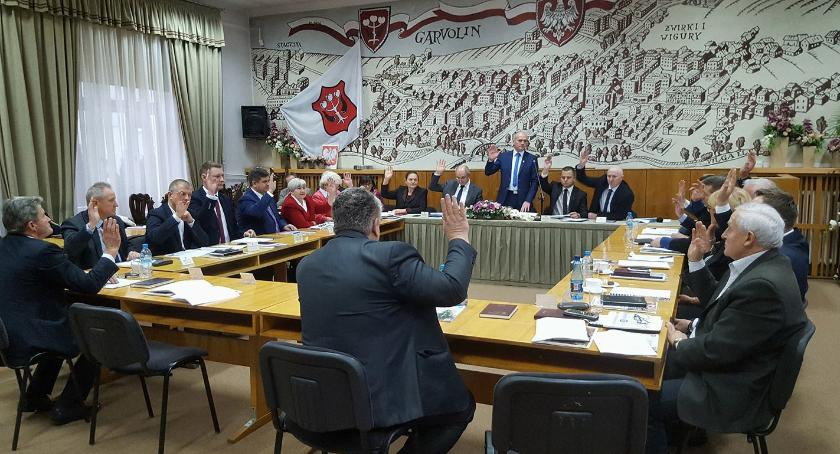 Inwestycje Powiat, Budżet powiatu ponad inwestycje - zdjęcie, fotografia
