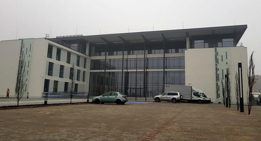Inwestycje Powiat, Otwarcie nowej siedziby starostwa styczniu! Starosta zaprasza mieszkańców - zdjęcie, fotografia