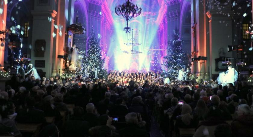 Koncerty, Wielkie kolędowanie kolegiacie Garwolinie - zdjęcie, fotografia