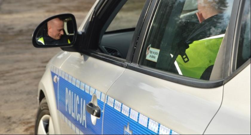 Sprawy kryminalne , Badali trzeźwości przeprowadzali testy narkotyki - zdjęcie, fotografia