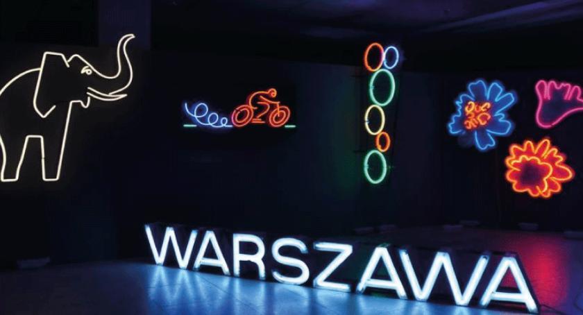 W Garwolinie, Wycieczka Muzeum Neonów - zdjęcie, fotografia