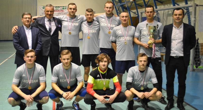 Błażej mistrzem, Lech Team z Pucharem Ligi