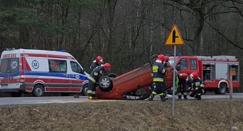 Wypadki drogowe , Dachowanie obwodnicy Garwolina - zdjęcie, fotografia