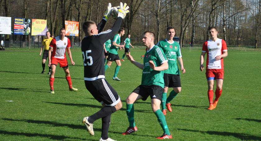 Piłka nożna, Przewrotka Zalewskiego Wildze zwycięstwo - zdjęcie, fotografia