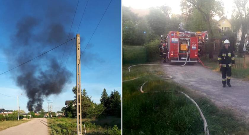 Pożary - interwencje straży, Pożar budynku gospodarczego zagrożony - zdjęcie, fotografia