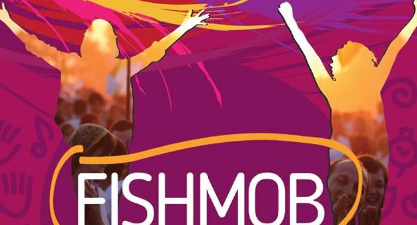 Inne Ciekawostki, Fishmob drugi Garwolinie zatańczą Pawła - zdjęcie, fotografia