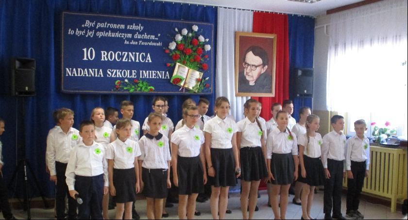 Inne Powiat, rocznica nadania imienia Szkole Podstawowej Starym Goniwilku - zdjęcie, fotografia