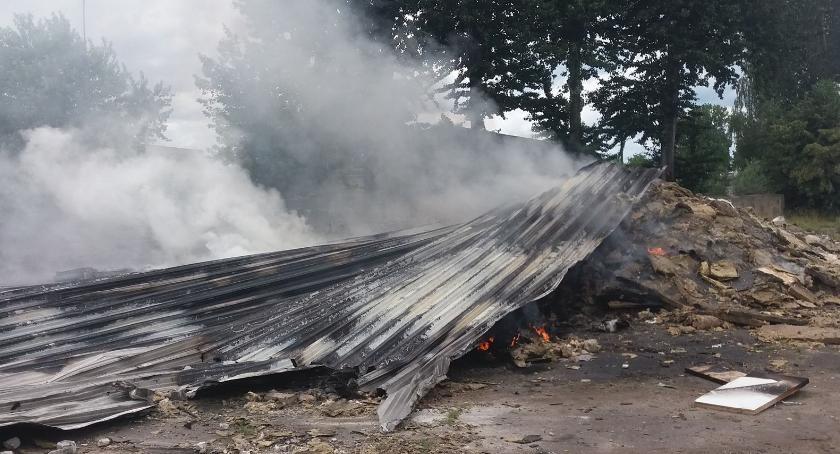 Pożary - interwencje straży, Garwolin Pożar odpadów Targowej - zdjęcie, fotografia