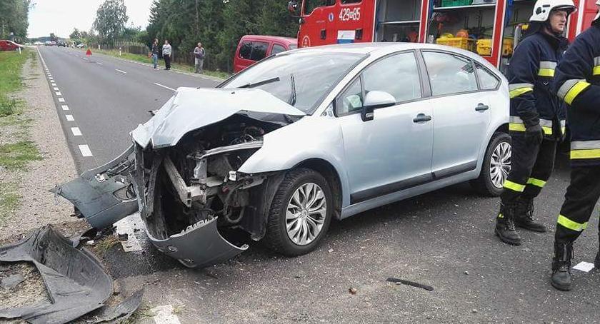 Wypadki drogowe , Wilga Wypadek DW801 osoby szpitalu - zdjęcie, fotografia