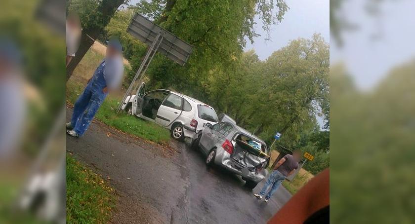 Wypadki drogowe , Wypadek Wilchcie zderzenie samochodów utrudnienia DW805 - zdjęcie, fotografia