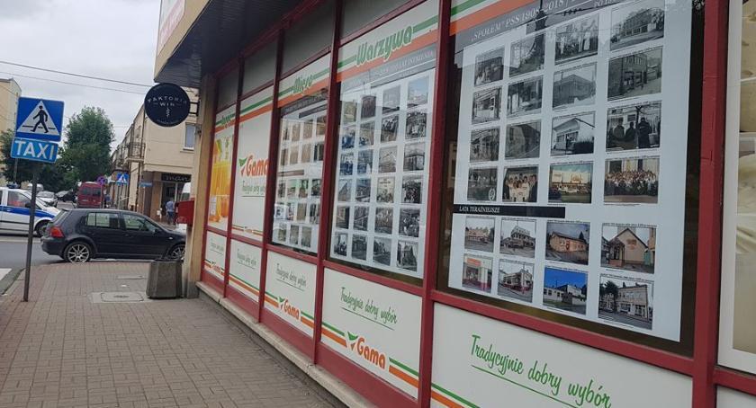 """Wystawy, """"Społem"""" Garwolinie wystawa centrum miasta - zdjęcie, fotografia"""