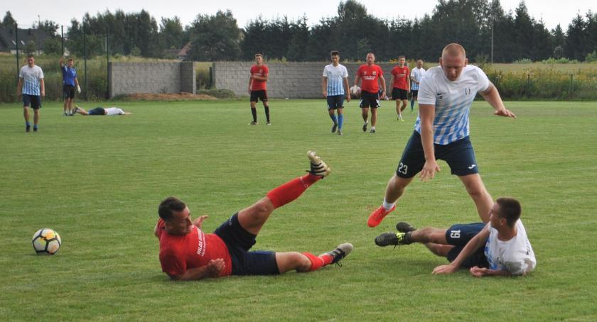 Piłka nożna, Porażka remis zakończenie przygotowań - zdjęcie, fotografia