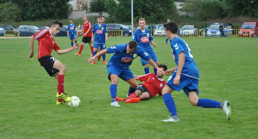 Piłka nożna, Ruchy kadrowe drużynach okręgówki - zdjęcie, fotografia