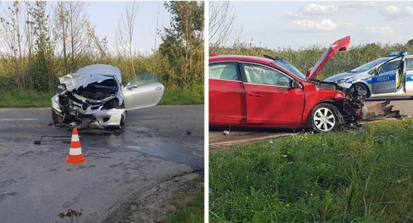 Wypadki drogowe , Czołowe zderzenie samochodów Sulbinach - zdjęcie, fotografia
