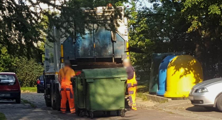 Inne Miejskie, Mieszkańcy płacą krocie system działa - zdjęcie, fotografia