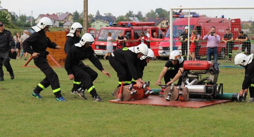 Inne Ciekawostki, Strażacy walczyli Puchar Burmistrza Żelechowa - zdjęcie, fotografia
