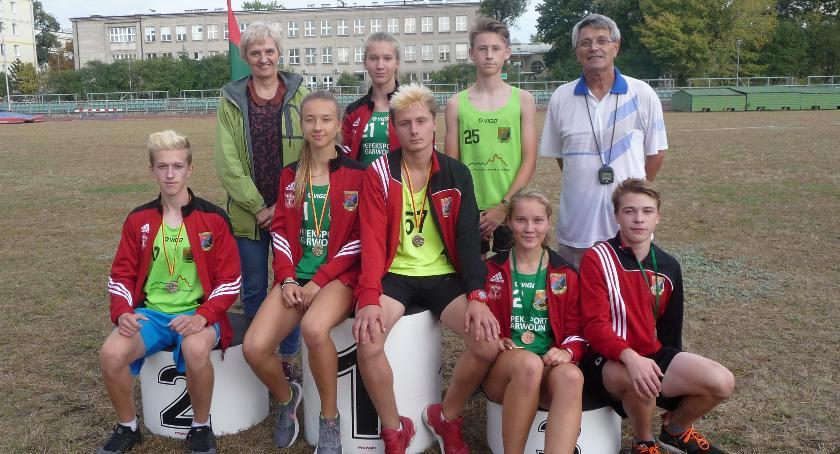 Lekkoatletyka, Lekkoatleci Wilgi medalami Mistrzostw Mazowsza - zdjęcie, fotografia