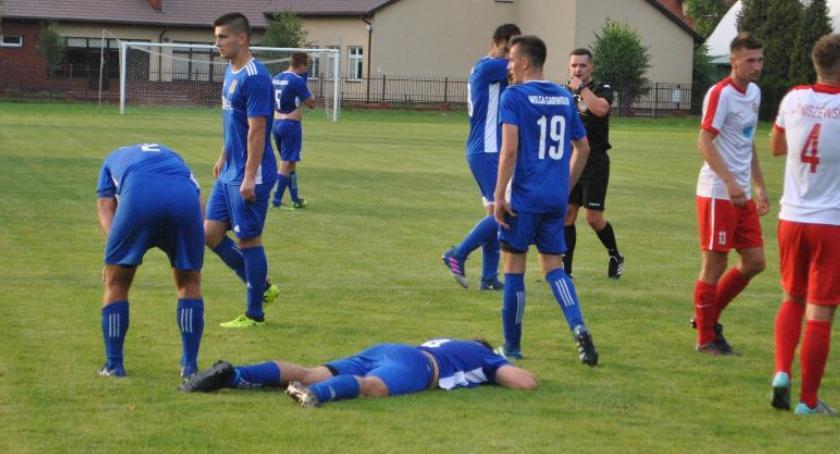 Piłka nożna, Orzeł punktem Wilga - zdjęcie, fotografia