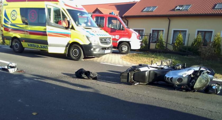 Wypadki drogowe , Wypadek Wilga zderzenie osobówki motocyklem - zdjęcie, fotografia
