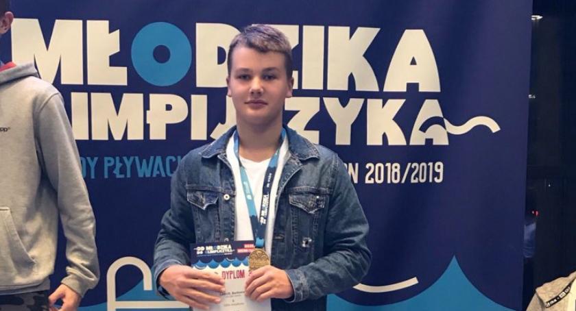 Pływanie, Brąz Bartka Lakusa rozpoczęcie sezonu pływackiego - zdjęcie, fotografia