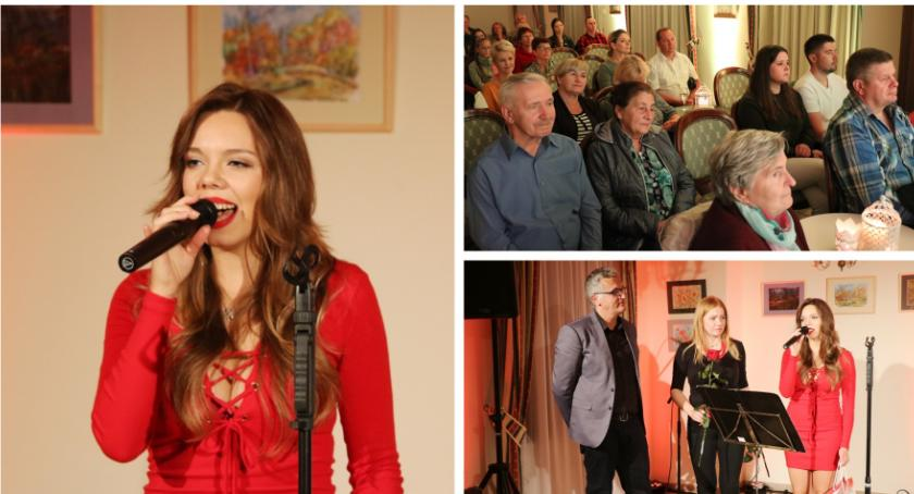 Koncerty, Monika Szostak zaśpiewała Miętnem - zdjęcie, fotografia