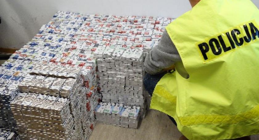 Sprawy kryminalne , Nielegalne papierosy Łaskarzewie - zdjęcie, fotografia