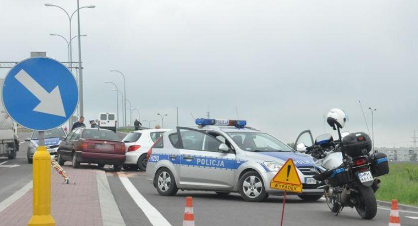 Wypadki drogowe , Akcja Znicz jedna ofiara śmiertelna - zdjęcie, fotografia