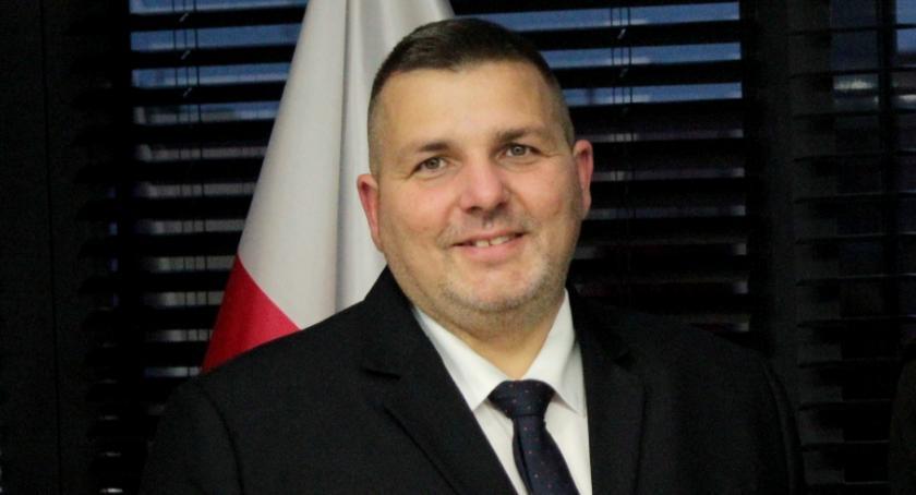 Inne Powiat, Ustalili wysokość wynagrodzenia starosty powiatu - zdjęcie, fotografia
