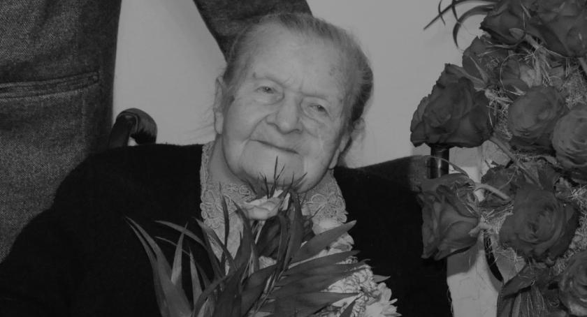 Inne Miejskie, Zmarła stuletnia Józefa Wielgosz - zdjęcie, fotografia