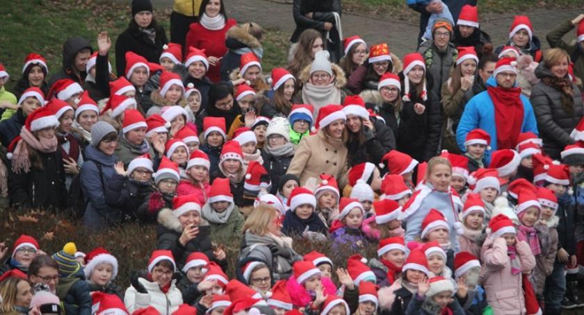 Inne Ciekawostki, Parada świętego Mikołaja Łaskarzewie - zdjęcie, fotografia