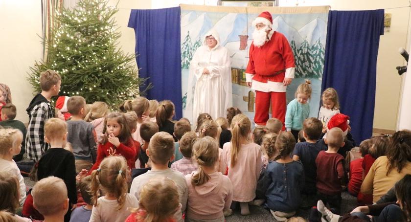 Teatr, Miętnem dzieci uratowały święta - zdjęcie, fotografia