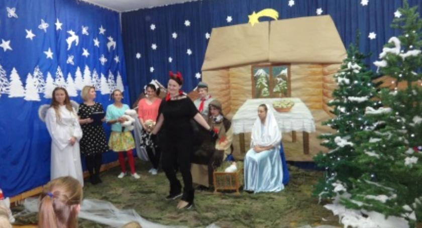 Inne Ciekawostki, Jasełka wykonaniu nauczycieli rodziców Brzegach - zdjęcie, fotografia