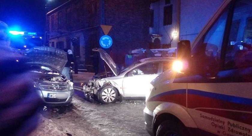 Wypadki drogowe , Wypadek Łaskarzewie szpitalu nastolatek - zdjęcie, fotografia