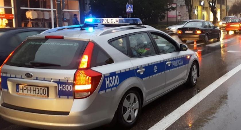 Wypadki drogowe , Potrącenie pasach centrum miasta - zdjęcie, fotografia