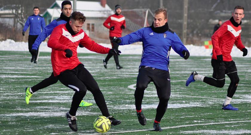 Piłka nożna, Czwartoligowcy przygotowują wiosny - zdjęcie, fotografia
