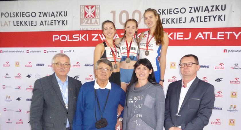 Julia Biernacka halową wicemistrzynią  Polski!